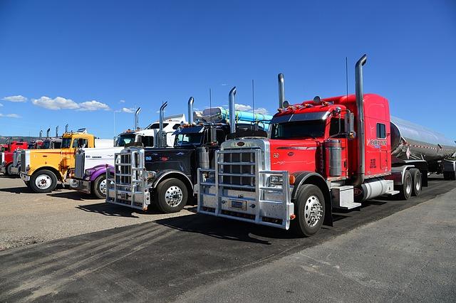 truck-602567_640.jpg