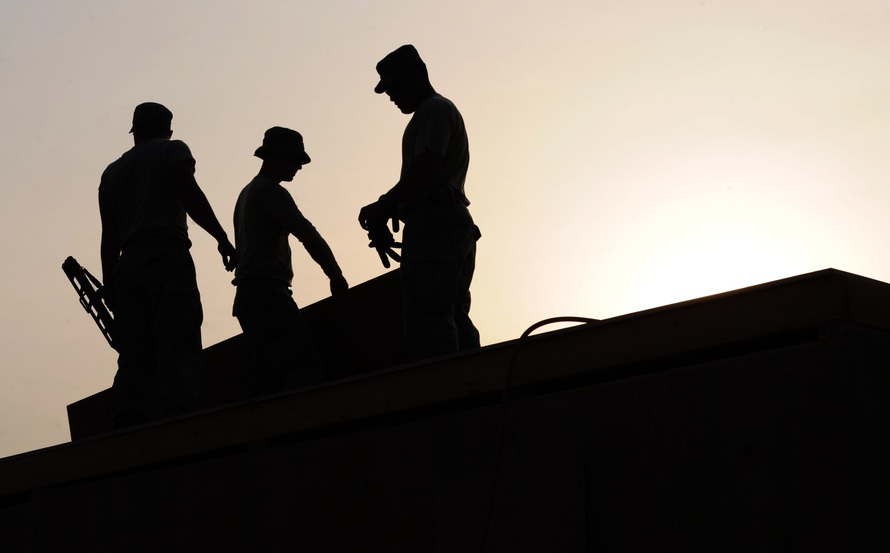 workers-construction-site-hardhats-38293-large.jpeg