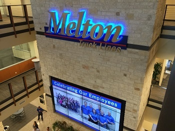 Melton_lighted_sign